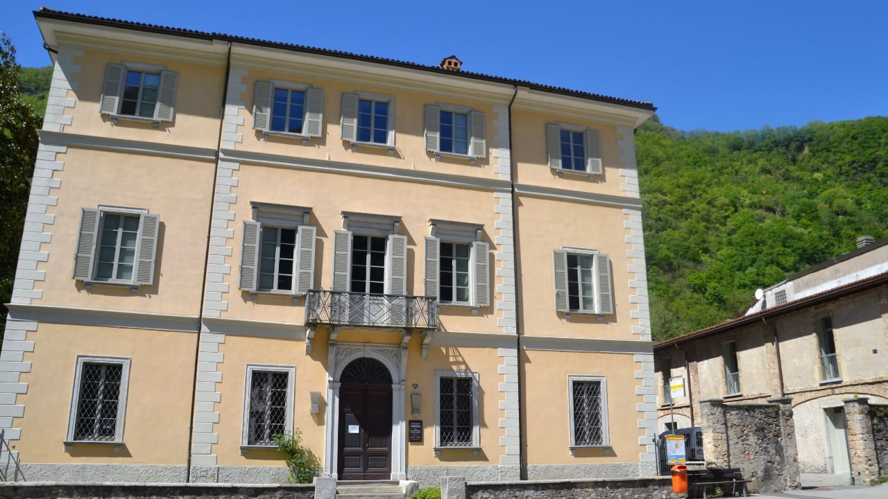 Exterior shot of the Villa Maderni in Riva San Vitale